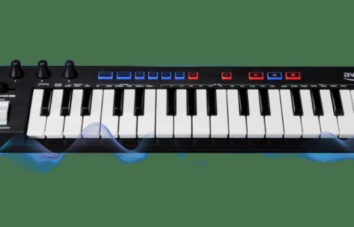 """أمازون تعلن عن لوحة مفاتيح موسيقية تعلم المطورين """"التعلم الآلي"""""""