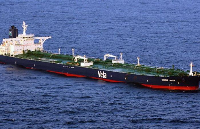 وكالة: السعودية تخفض إمدادات النفط للصين
