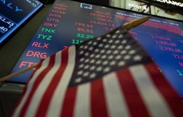 محدث.. الأسهم الأمريكية تقلص خسائرها بالختام لتحقق مكاسب أسبوعية