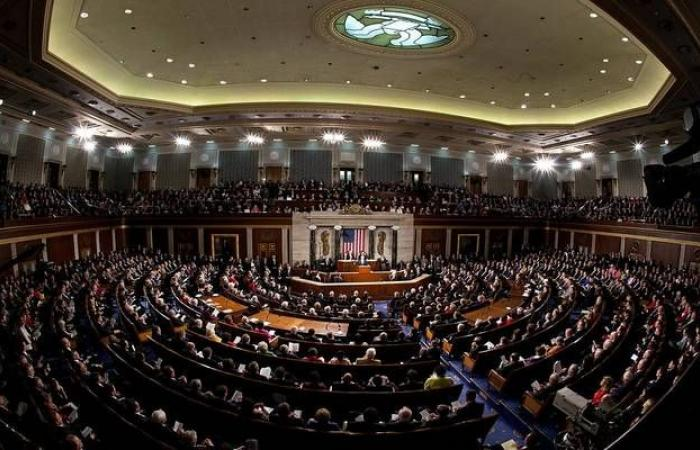 مجلس الشيوخ يصوت بالإجماع لصالح حزمة التحفيز الأمريكية