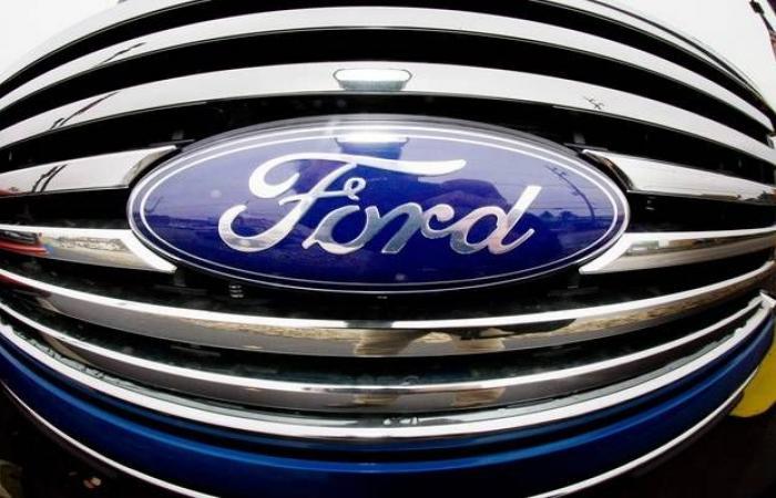 """""""فورد"""" تخطط لاستئناف الإنتاج في مصانعها الرئيسية في أبريل"""