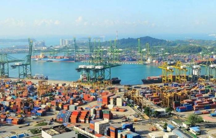 سنغافورة تخصص 33 مليار دولار لدعم الاقتصاد المتراجع