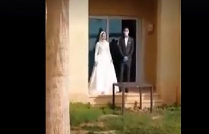 الأردن ...  بالفيديو  : الملك والملكة يقدمان الهدايا لعروسي الحجر الصحي بالبحر الميت