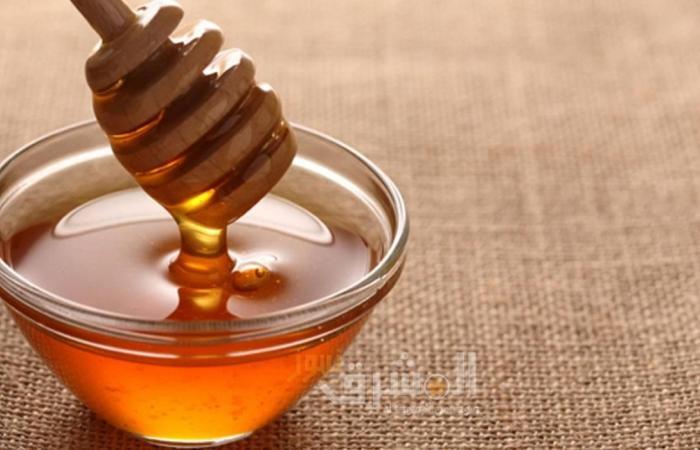 تونر العسل والحليب للبشرة الجافة والحساسة بالمنزل