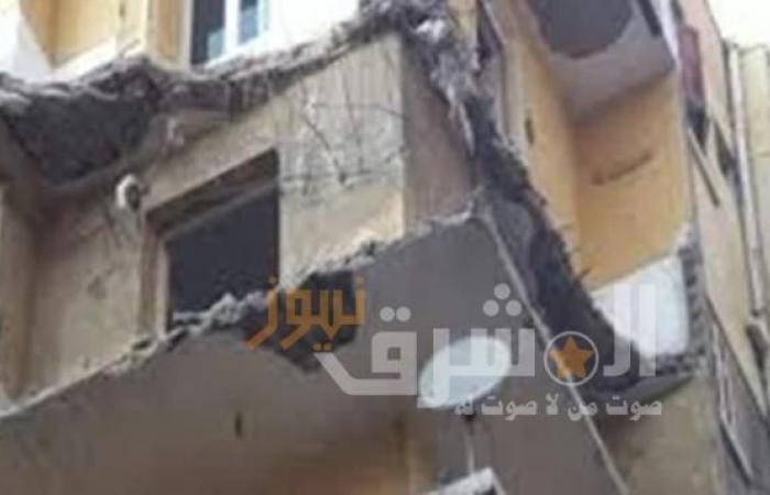 مصرع شخص وإصابة آخر إثر سقوط شرفة عقار بالاسكندرية