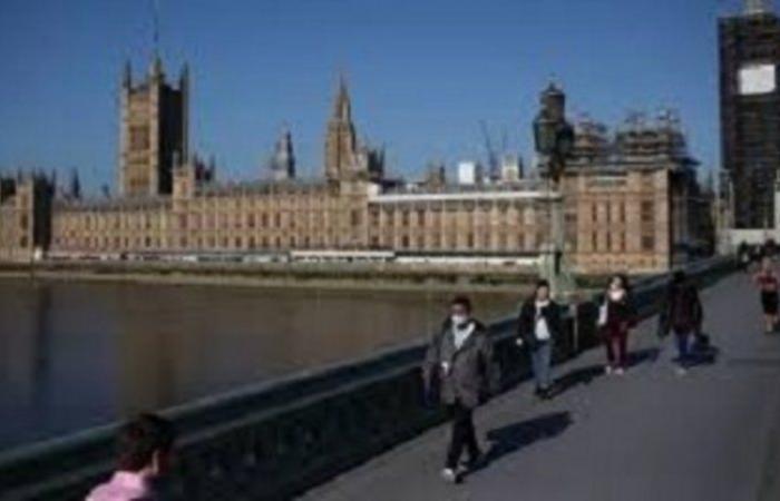 """""""كورونا"""" يرفع عدد الوفيات في بريطانيا إلى 40.465"""