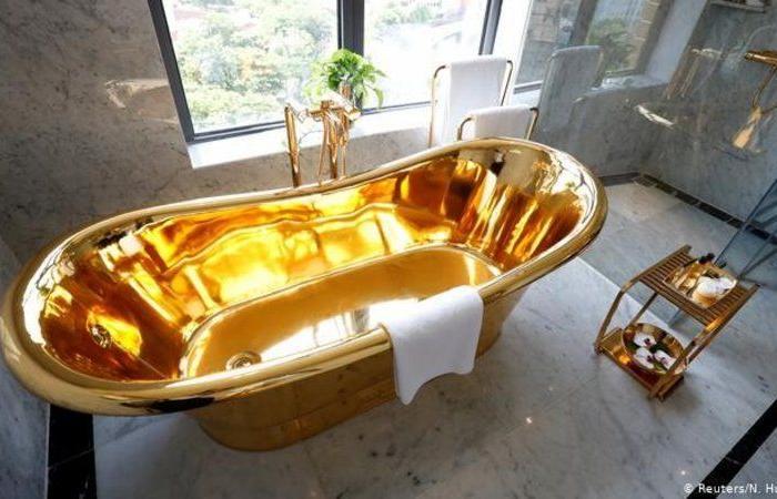 بالصور .. أول فندق في العالم مطلي بالذهب