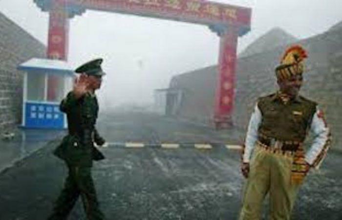 """""""رويترز"""": الصين تسحب قواتها من منطقة الاشتباك الحدودي مع الهند"""