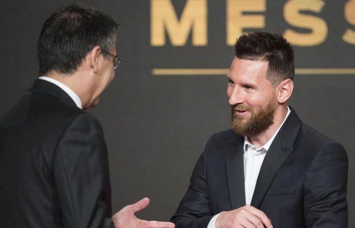 """وصفه بأفضل لاعب في التاريخ.. رئيس برشلونة يؤكد تجديد عقد """" ميسي"""""""