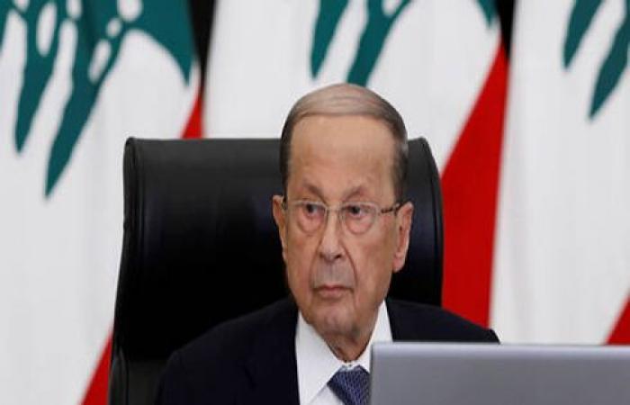 """بالفيديو : سيدة لبنانية تتصل بالقصر الرئاسي وتطالب بـ""""إيقاظ الرئيس"""""""
