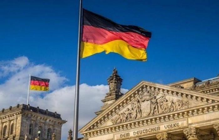 ألمانيا: تسجيل 395 إصابة جديدة و6 وفيات بفيروس كورونا