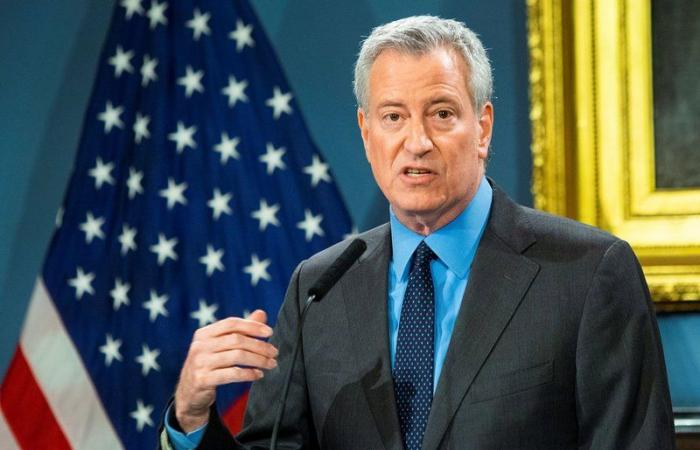 """رئيس بلدية نيويورك يدعو """"ترامب"""" إلى التوسع في إجراء فحوص """"كورونا"""""""