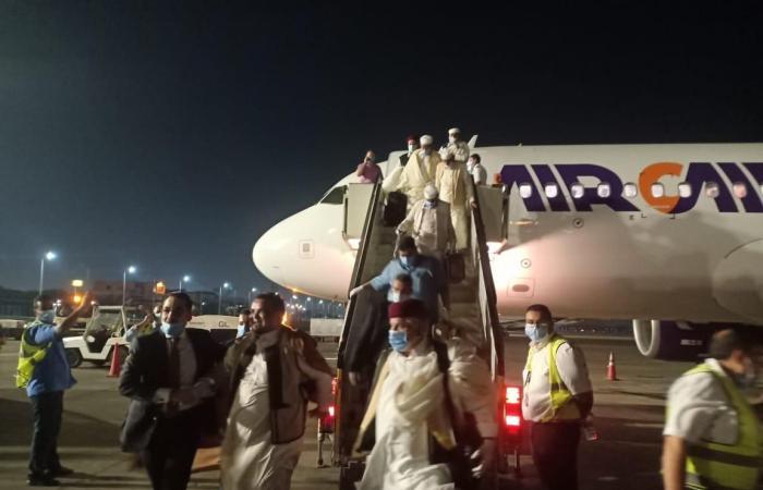 وفد القبائل الليبية يصل القاهرة لتأييد دعوة تدخل الجيش المصري لحفظ الأمن القومي