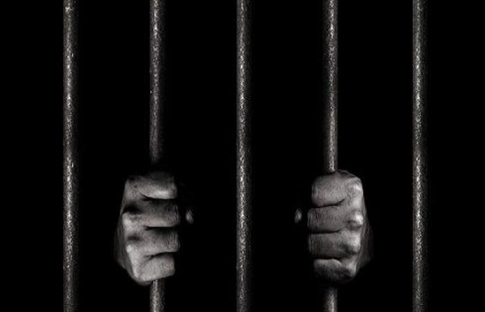 توقيف مالك مستودع لحوم ودواجن أسبوعاً في سجن السلط