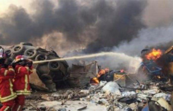 انفجار هائل في بيروت يسفر عن عشرات القتلى والجرحى.. وطائرات مروحية تشارك في إطفاء الحريق