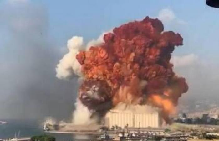 شاهد بالفيديوهات والصور   ...  انفجار مرفأ بيروت