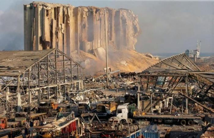 لبنان: وضع كل مسؤولي ميناء بيروت رهن الإقامة الجبرية