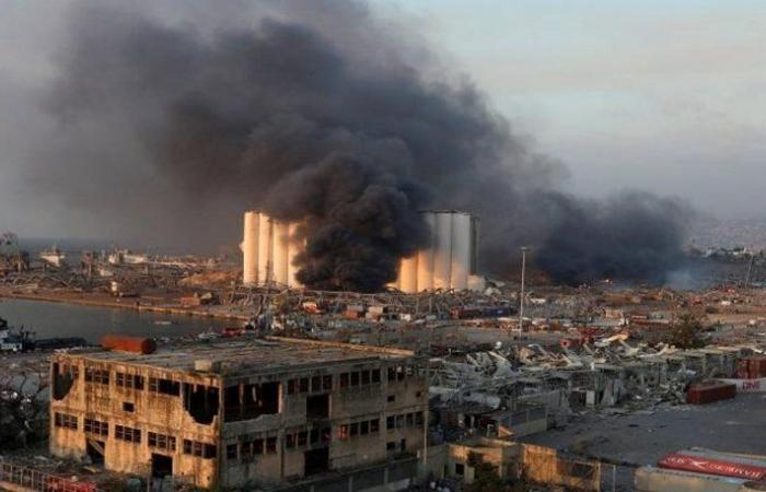 المساعدات الدولية تتدفق على لبنان لتخفيف آثار الانفجار.. مستشفيات ورجال إنقاذ