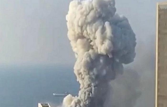 مصدر أردني : انفجار مرفأ بيروت يعادل طاقة زلزال بقوة 5ر4 درجة