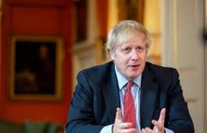 """""""جونسون"""" يؤكد دعم بريطانيا لاحتياجات الشعب اللبناني"""