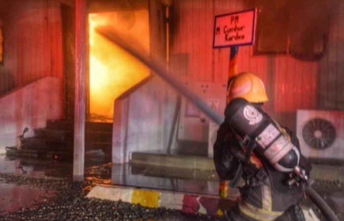 """إدارة مشروع قطار الحرمين: إخماد """"حريق المكاتب الإدارية"""" دون خسائر بالأرواح أو إصابات"""