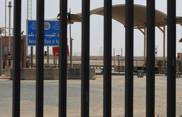 تفجير يستهدف قاعدة أمريكية قرب معبر على الحدود بين العراق والكويت