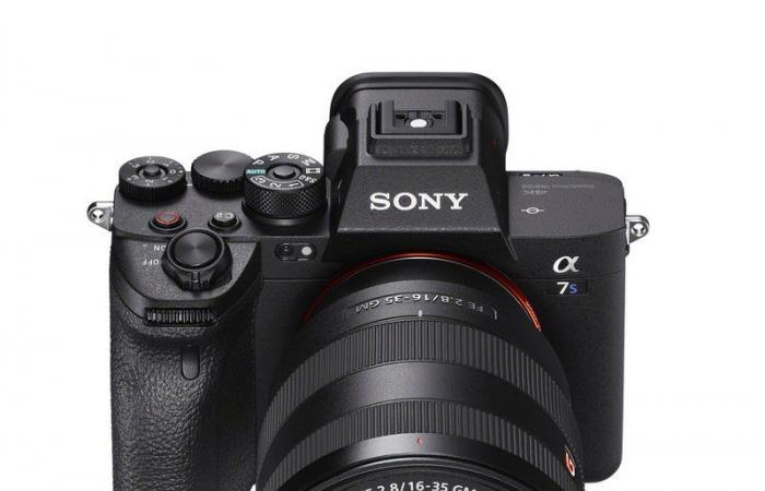 """""""سوني"""" تطلق الكاميرا المرتقبة Alpha 7S III.. ستتوفر في المملكة أواخر أكتوبر"""
