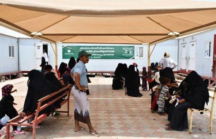 """اليمن.. العيادات التغذوية لـ""""إغاثي الملك سلمان"""" تواصل خدماتها """"خوخة الحديدة"""""""
