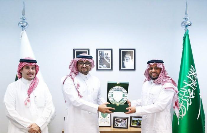 بمجمع الأمير فيصل بن فهد.. اتحاد البولو يوقّع اتفاقية لتصميم كأس وجوائز بطولاته الأولى للمحترفين