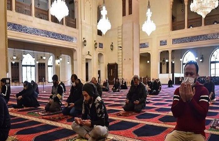 تعليق الصلاة في المساجد لأسبوعين يشمل صلاة الجمعة المقبلة