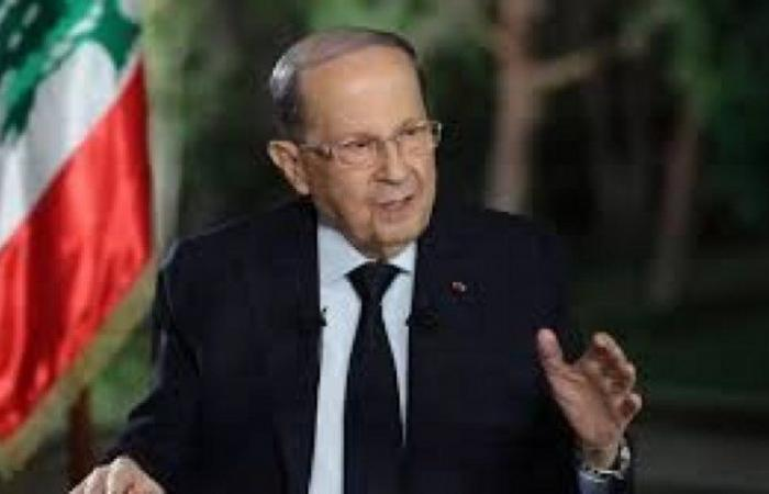الرئيس اللبناني يدعو إلى إلغاء التوزيع الطائفي للوزارات السيادية