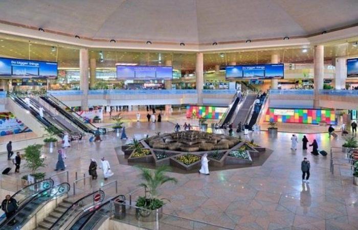 """""""نشكر تفهمكم"""".. مطار الدمام يعتذر عن انقطاع الكهرباء: عادت لحالتها"""