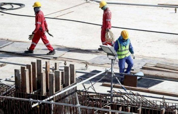 هل تشكل إصلاحات العمل القطرية فارقاً؟.. عامل باكستاني يكشف الوجه القبيح للدوحة