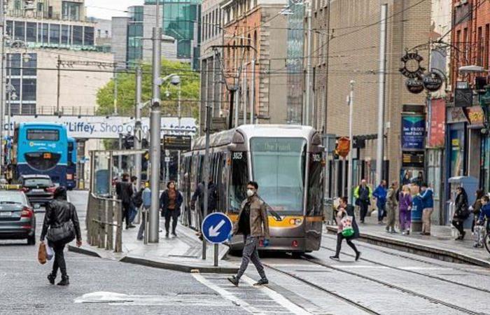 """لا يشمل المدارس.. إيرلندا تفرض إغلاقًا كاملاً لاحتواء """"كورونا"""""""
