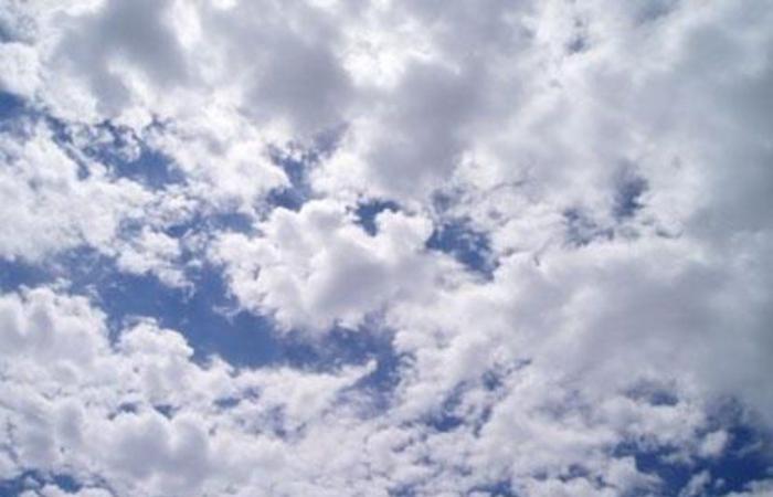 """تعرّف على الأجواء المناخية خلال نهاية الأسبوع.. كما توقعها باحث الطقس """"الحصيني"""""""