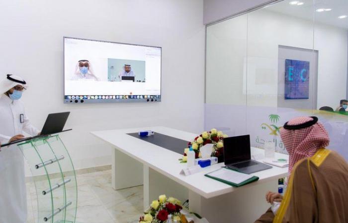 أمير الباحة يدشن عددًا من المشاريع الصحية بالمنطقة