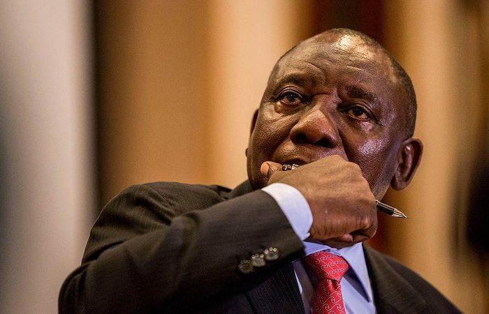 """""""مأدبة عشاء"""" تُدخل رئيس جنوب إفريقيا الحجر الصحي"""
