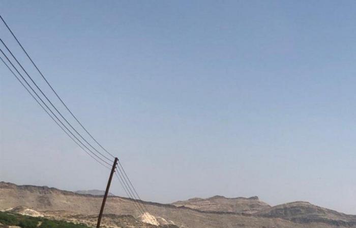 """""""الكهرباء"""" عن """"عمود الزوكة والمنزل الآيل"""": شبكة معزولة ونفتح طريقاً للنزع"""