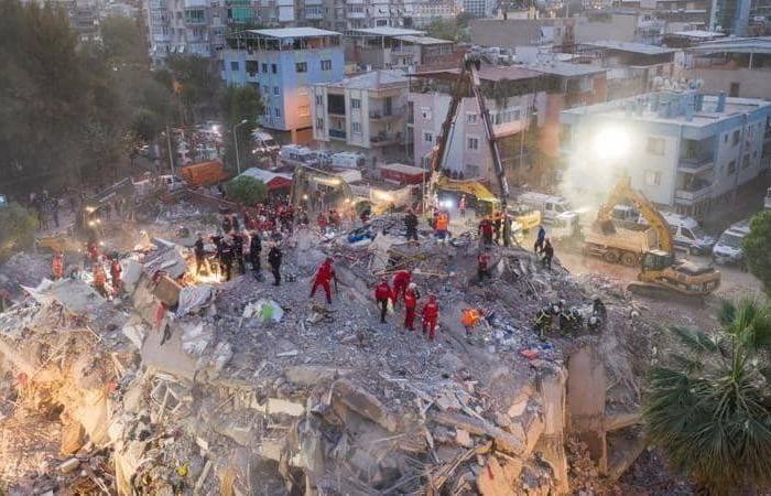 زلزال تركيا.. ارتفاع أعداد القتلى واستمرار البحث عن ناجين