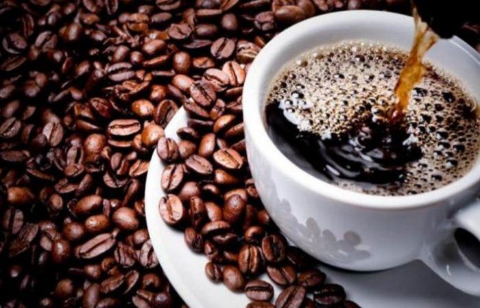 تحذير للحوامل.. كوب واحد من القهوة يومياً قد يضاعف هذا الخطر