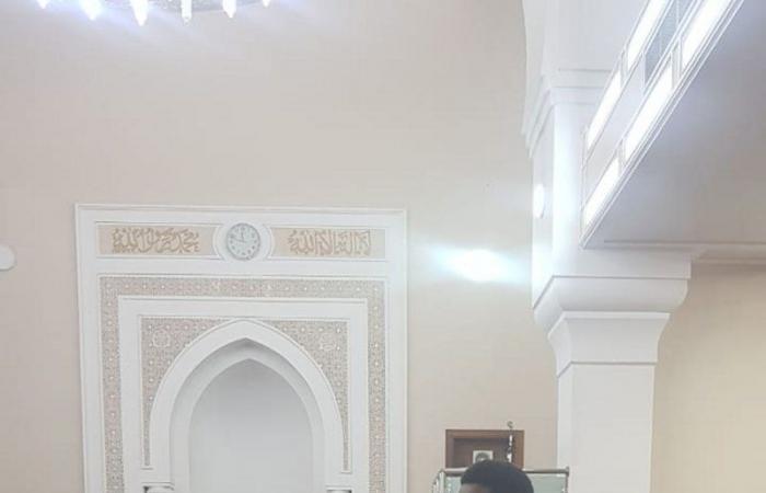 طلاب المعهد الثانوي الصناعي بمكة يشاركون في خدمة المصلين