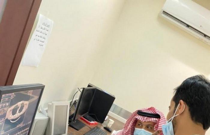 في زيارة مفاجئة.. محافظ الداير يقف على سير العمل بالمستشفى العام