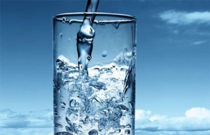 حقيقة مذهلة تكشفها دراسة سويدية حديثة.. الماء السائل نوعان!