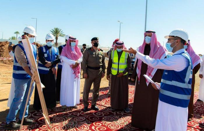 أمير منطقة الباحة يقف على أعمال مشروع تطوير مطار الملك سعود