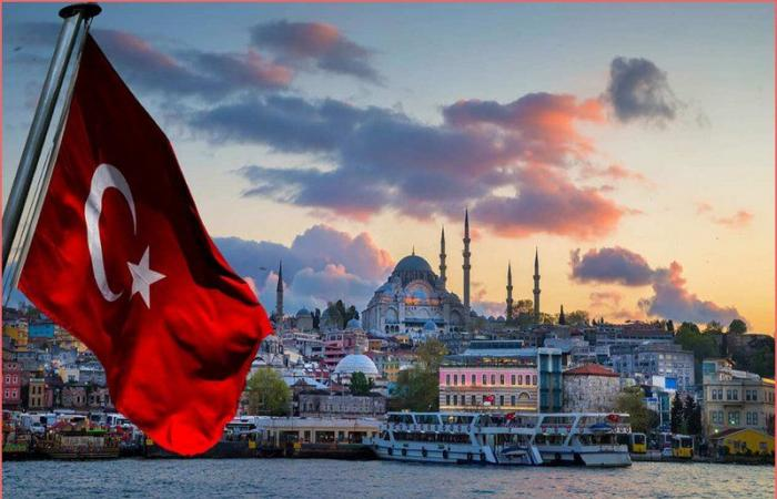 """فضيحة """"التفتيش العاري"""" تتواصل بتركيا.. صدمات وانتقاد عنيف واعتراف!"""