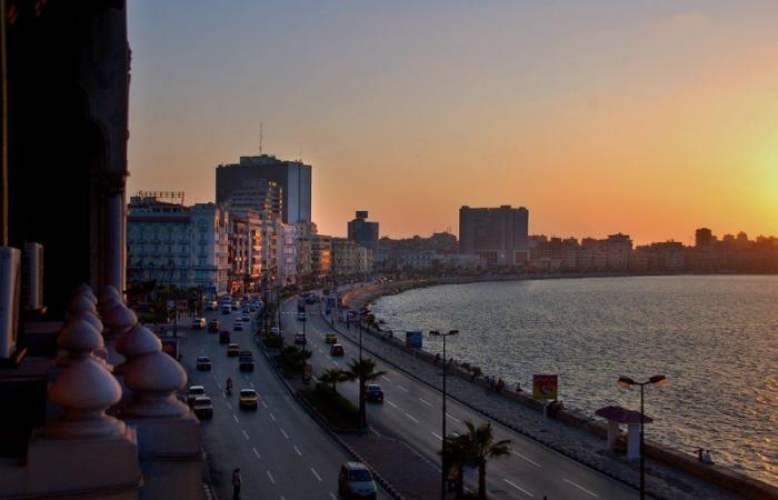 مصر.. ارتفاع ضحايا المركب الغارق إلى 9 ضحايا