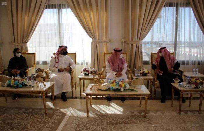 """محافظ أملج يبحث اختيار المحافظة واجهة سياحية بـ""""صيف السعودية"""""""