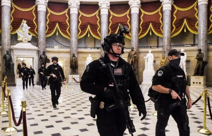 """معلومات استخبارية عن هجوم محتمل على الكونجرس أثناء خطاب """"بايدن"""" غداً"""