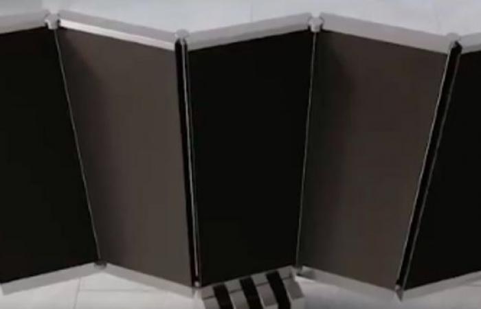 فيديو.. الكشف عن أول تلفاز قابل للطي يختفي تحت الأرض وشاشته 165 بوصة