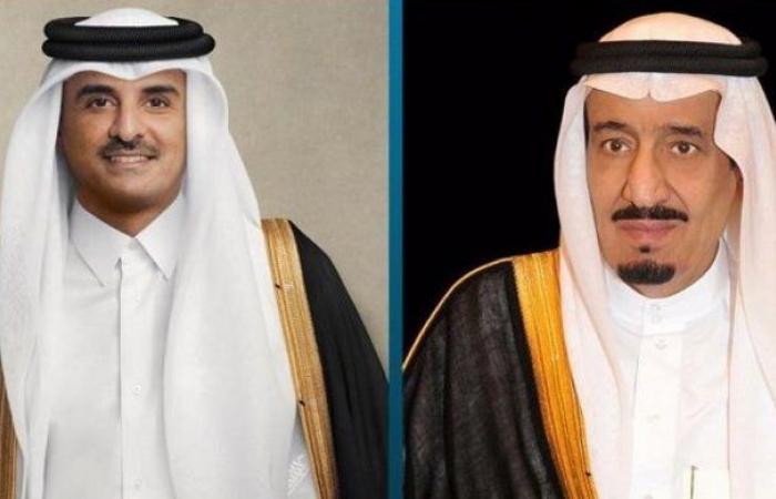 خادم الحرمين يتلقى تهنئة من أمير قطر بحلول شهر رمضان المبارك